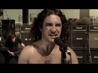 Airbourne – Live It Up – 2013