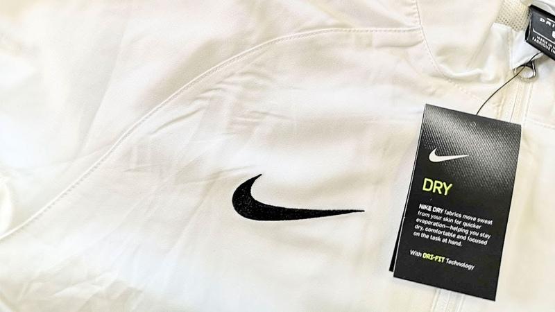 Спортивная одежда сток Микс брендов Лот 15 4 кг 54 ед Цена 26 5 евро кг