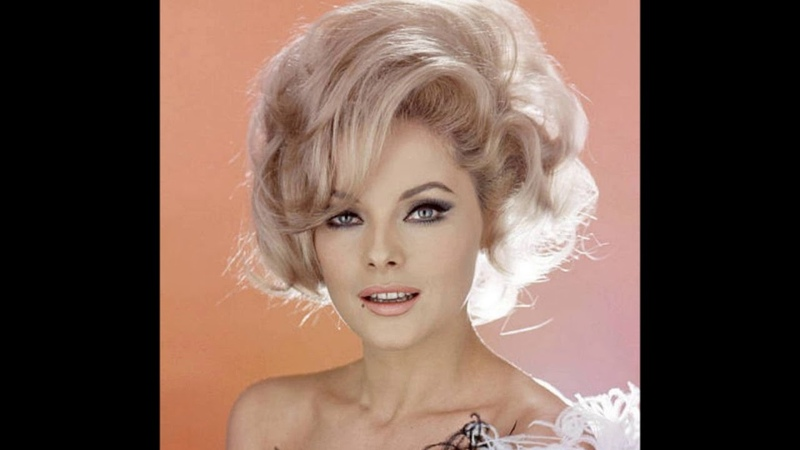 56 Stunning Photos of Actress Virna Lisi From the 1950s and 1960s