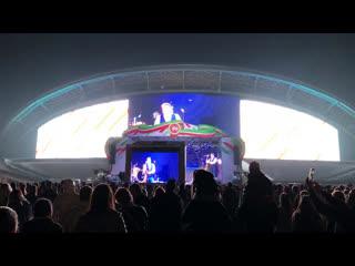 Праздничный концерт и салют около Казань-Арены. Хедлайнер - группа Любэ