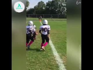 Мальчик с синдромом дауна сделал тачдаун | АКУЛА