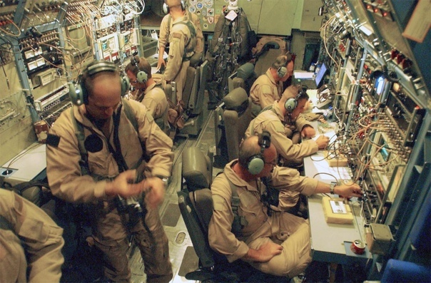 """Самолёт ведения психологической войны ВВС США EC-130E """"Коммандо-Соло"""""""