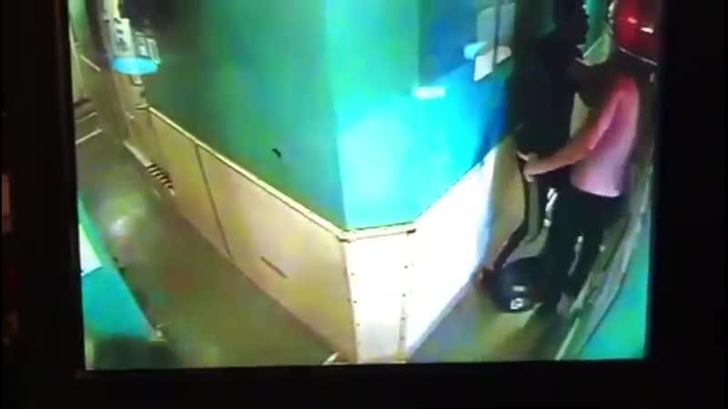 Помощник капитана напал на матроса с ножом на танкере в Керченском проливе
