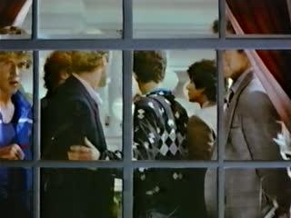 МАЛЬЧИШНИК (ХОЛОСТЯЦКАЯ ВЕЧЕРИНКА). / Bachelor Party. (1984)
