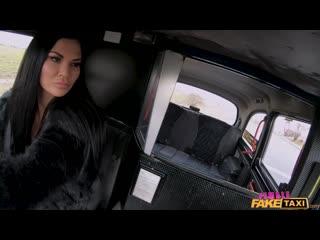 Jasmine Jae vs PublicAgent and Fake taxi. Porn|Порно|Большие сиськи|Секс в машине|Брюнетки|Фейк такси|Секс