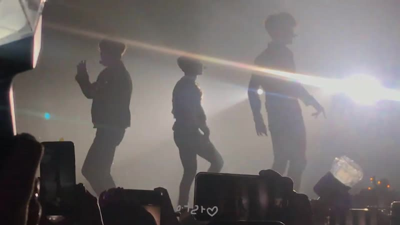 [VK][190601] MONSTA X fancam - Mohae @ The 3rd World Tour: We Are Here in Bangkok