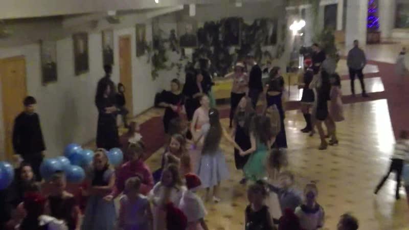 Танцы У Камелька