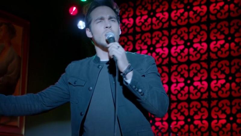 Kai sings Knocking on Heavens Door The Vampire Diaries 8x14