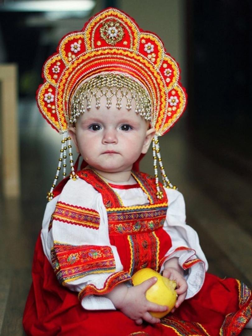 Оцените мою маленькую русскую красавицу?