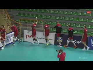 Волейболисты новосибирского «Локомотива» поблагодарили за поддержку «невидимых фанатов»