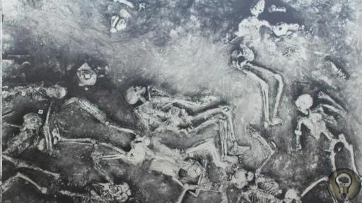 Атомная война в древней Индии Некто Фрэнсис Тейлор, археолог по своим убеждениям, уже нескольких лет бросает вызов официальной истории. Энтузиаст заявляет, что в Индии между 8 и 12 тысячами лет