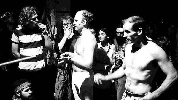 Кен Кизи (в центре), конец 1950-х