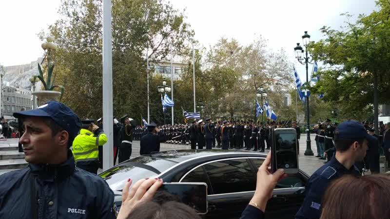 Президент Греции на церемонии празднования Дня вооруженных сил