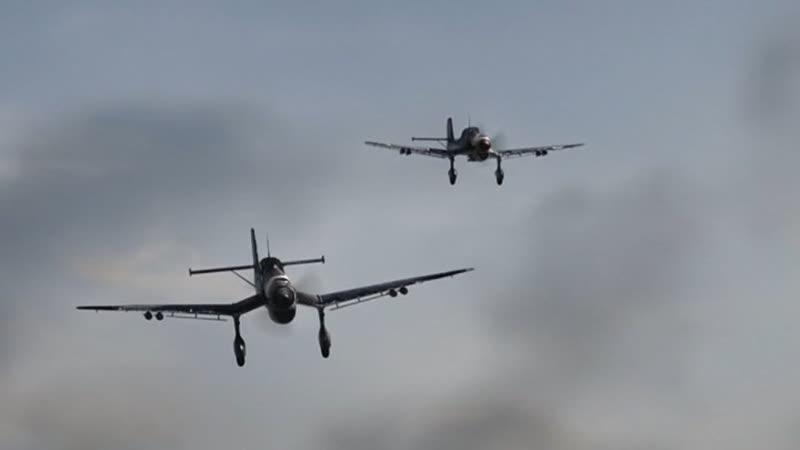 Наркомовский обоз Авиаудар юнкерсов по советской колонне