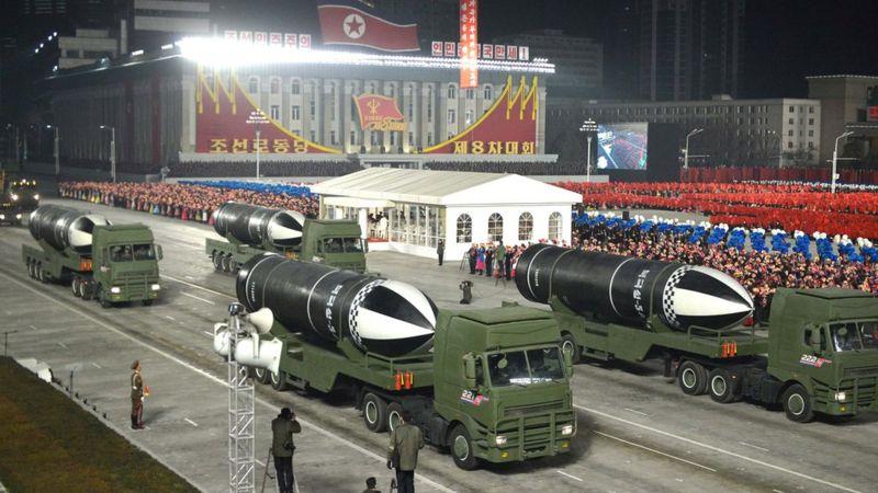 """""""Самое мощное оружие в мире"""": КНДР показала новую подводную ракету"""