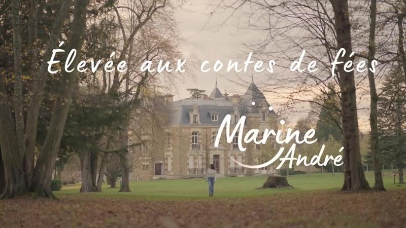 Marine André Elevée Aux Contes de Fées