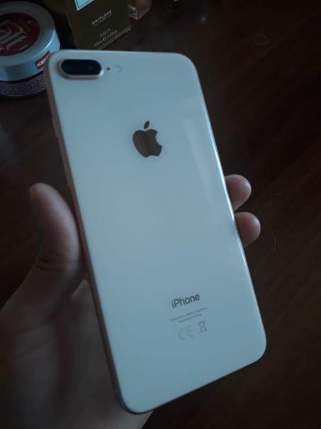 Apple iPhone 8 Plus 64 ГБ