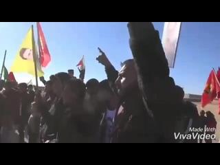 Курды устроили акцию протеста у российской базы в Айн-Исса из-за продолжающихся обстрелов протурецких боевиков