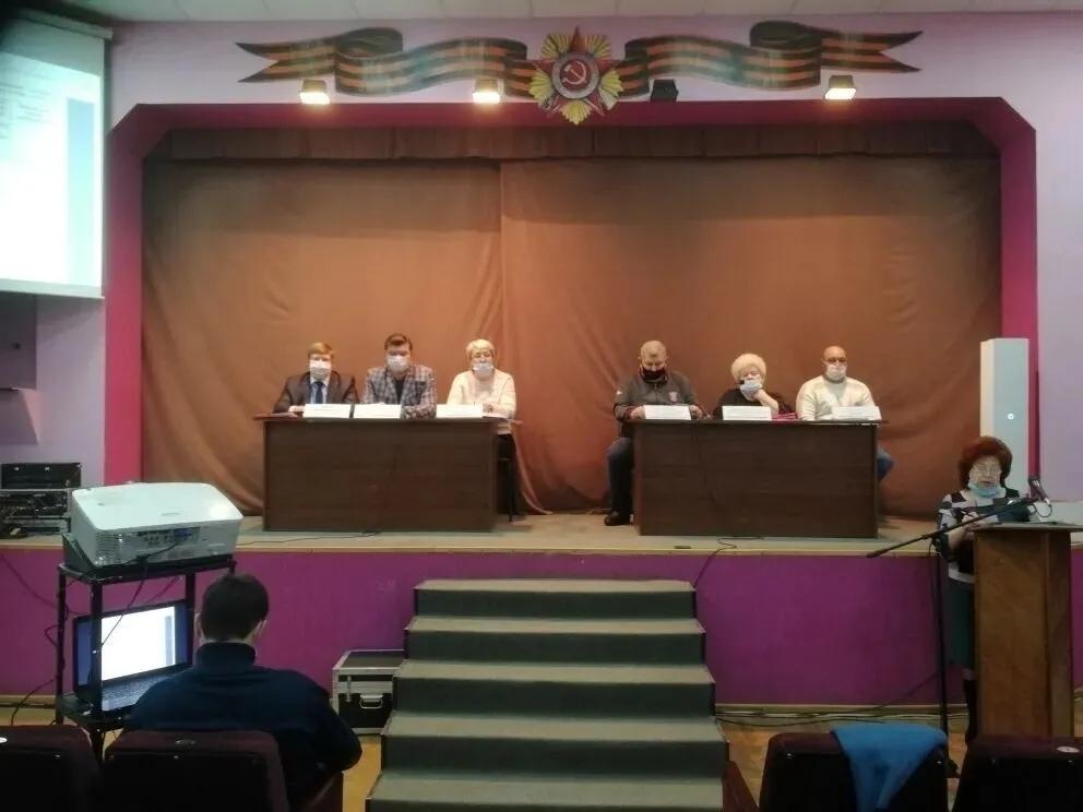 Глава района поблагодарил депутатов районного Собрания за совместную работу