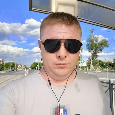 Andrey, 33, Novotroitsk