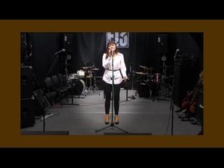 Наша воспитанница поёт