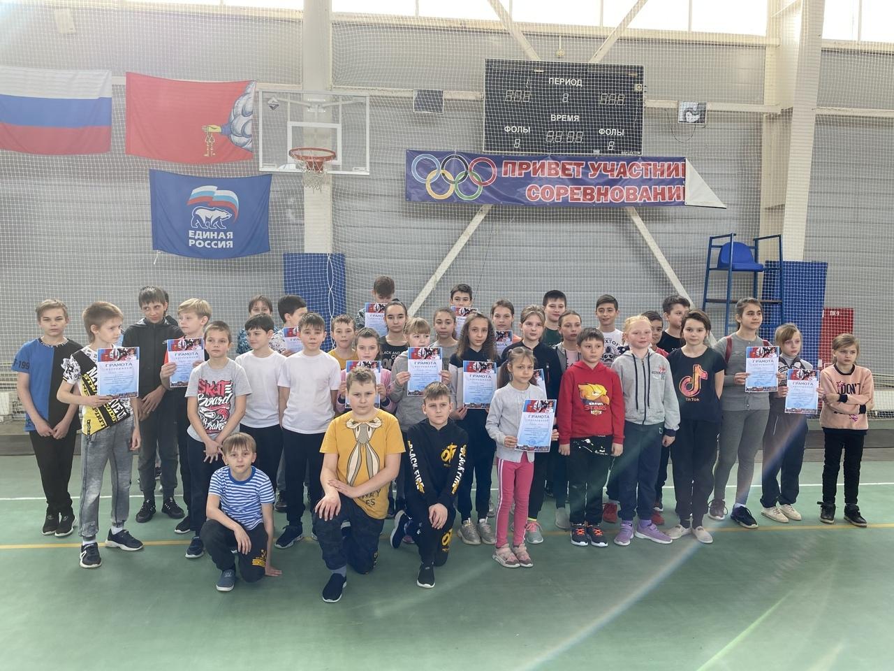 Воспитанники Петровской спортшколы поучаствовали в соревнованиях по бегу на короткие дистанции