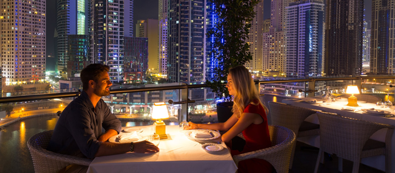 Дубай рестораны апартаменты башня федерация