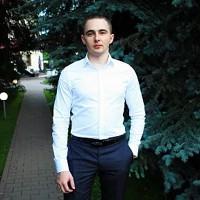 Шаповалов Артем