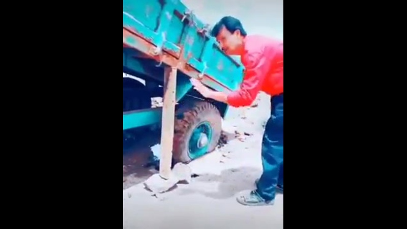 Самовытаскивание грузовика
