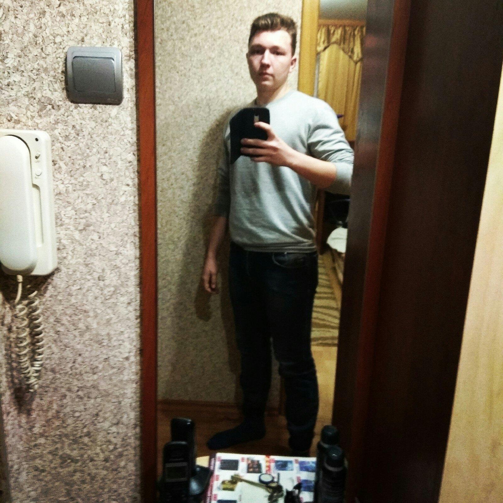 Максим, 19, Slonim