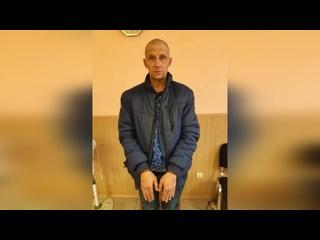 В Екатеринбурге уголовник с ножом похитил кассу после битвы со смелой продавщицей
