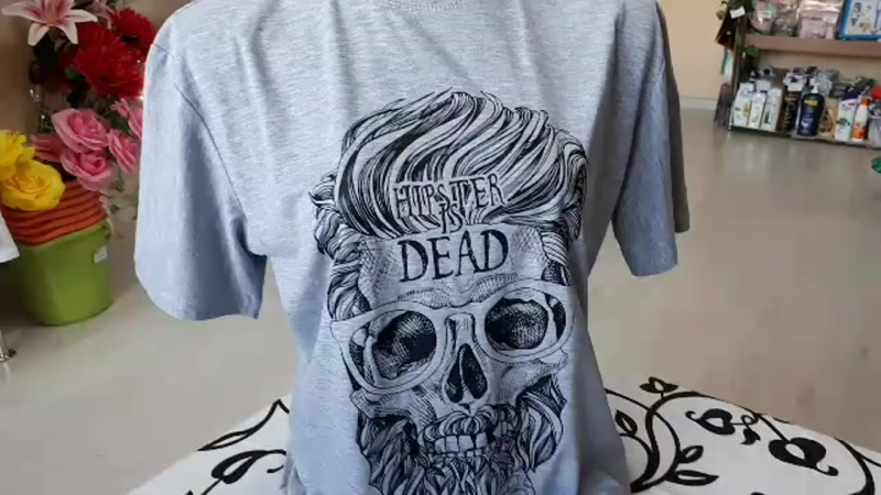 футболка мужская светло-серая