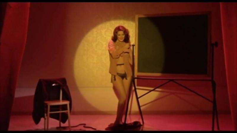 Edwige Fenech - Linsegnante va in collegio (1978)