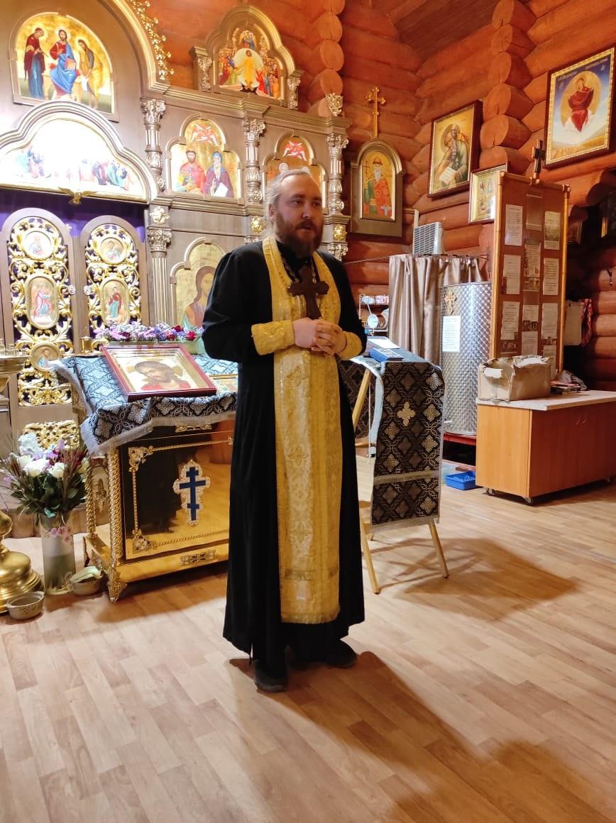 Настоятель храма Святого Равноапостольного Князя Владимира.