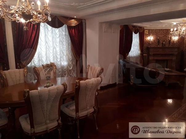 Самую дорогую квартиру в Самаре с бархатными штора...