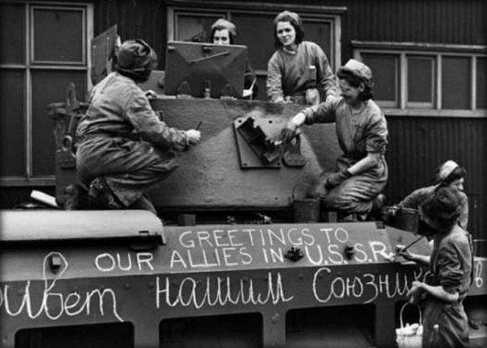Как американцы снабжали СССР товарами