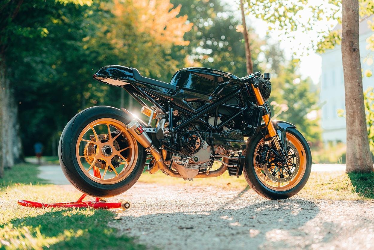 NCT Motorcycles: кафе рейсер Ducati Evo Racer