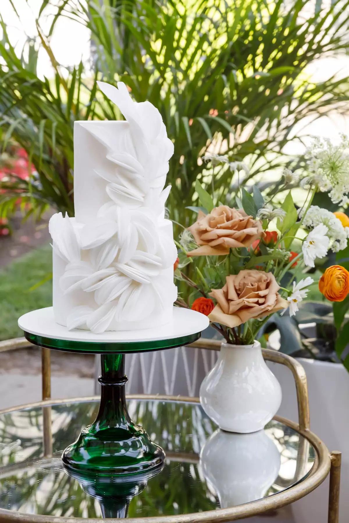 mbNpQUK8O1Q - Маленькие свадебные торты