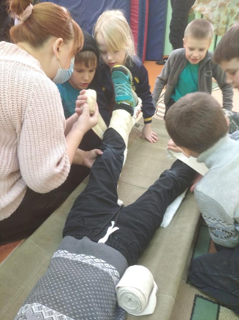 Уроки оказание Первой мед. помощи., изображение №4