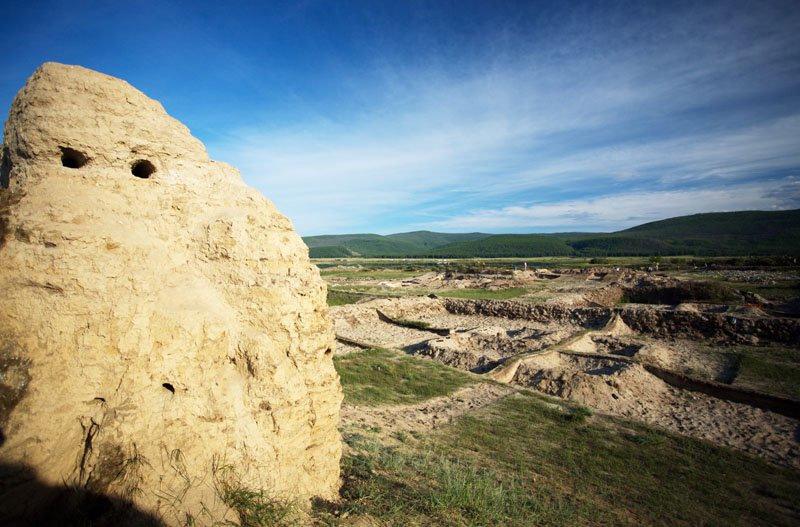 Тайна древней крепости Пор-Бажын, построенной на острове в сибирском озере, изображение №4