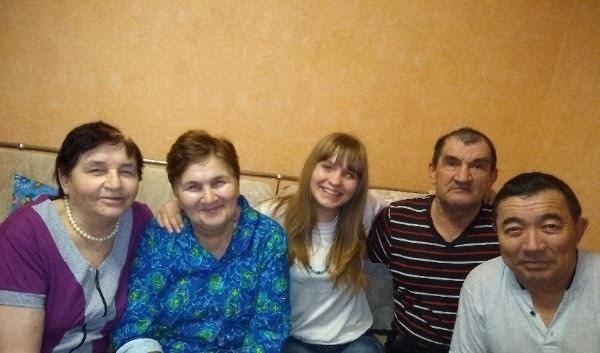 Библиотеки Петровского района проводят фотоконкурс «Семья — это модно!»