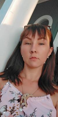 Анастасия Кадырбекова