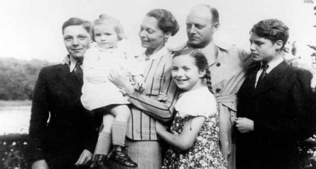 Фон Тресков в кругу семьи