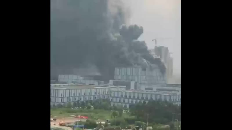 Большой пожар на заводе Huawei