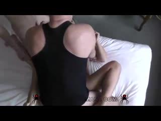 Vittoria Dolce - развели секси подругу на МЖМ [порно, ебля, инцест, секс, porn, Milf, home, шлюха, домашнее, минет, трах]