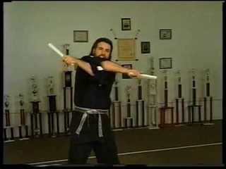 Lee Barden Teaching Flows Double Roll Over with the Freestyle Nunchaku Prochux 2
