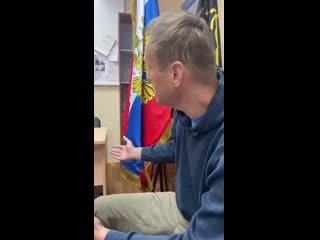 Алексей Навальный в зале заседания суда [Рифмы и Панчи]