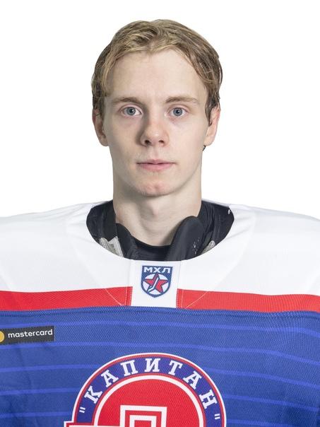петр девяткин хоккеист фото этом