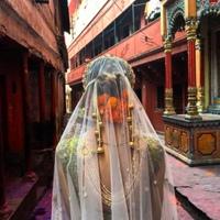 Работа в индии хостес волжский работа для девушки