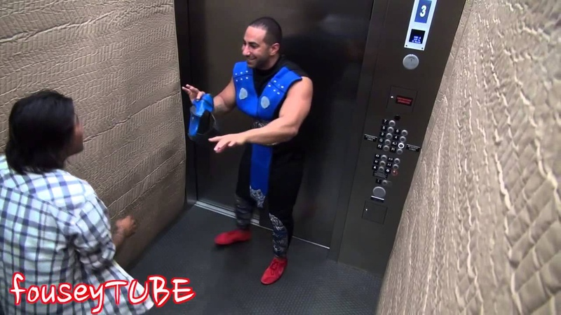 Мортал комбат в лифте пранк MORTAL KOMBAT ELEVATOR PRANK